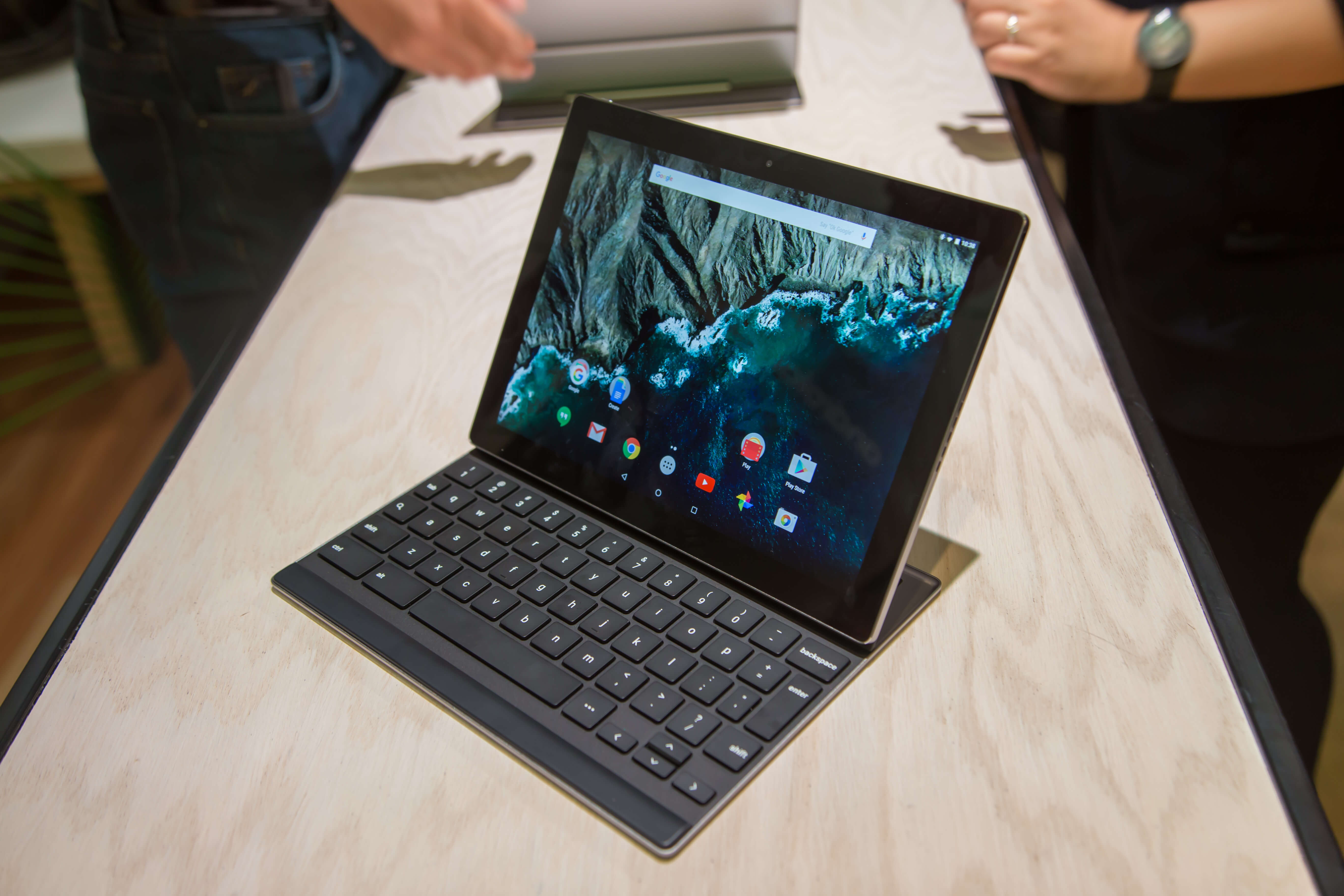 Pixel C first to get the Android 7.1.2 update