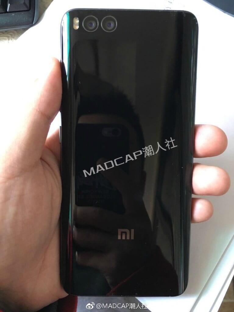 Xiaomi Mi 6 _rear