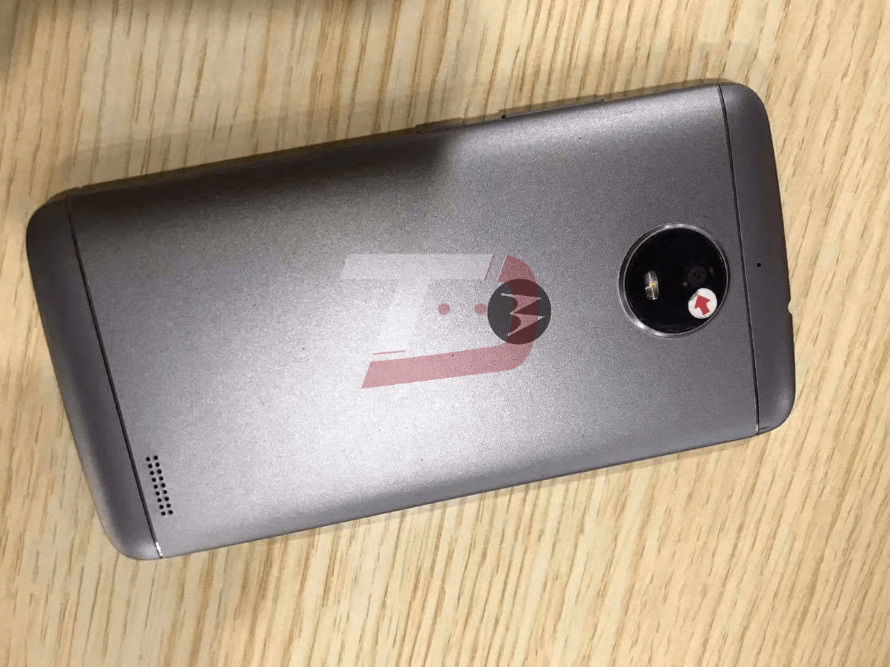 MOTO E4 Plus_back