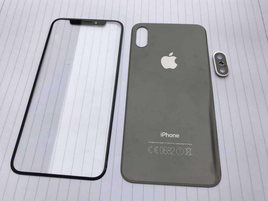 iPhone 8 front and back panels leak