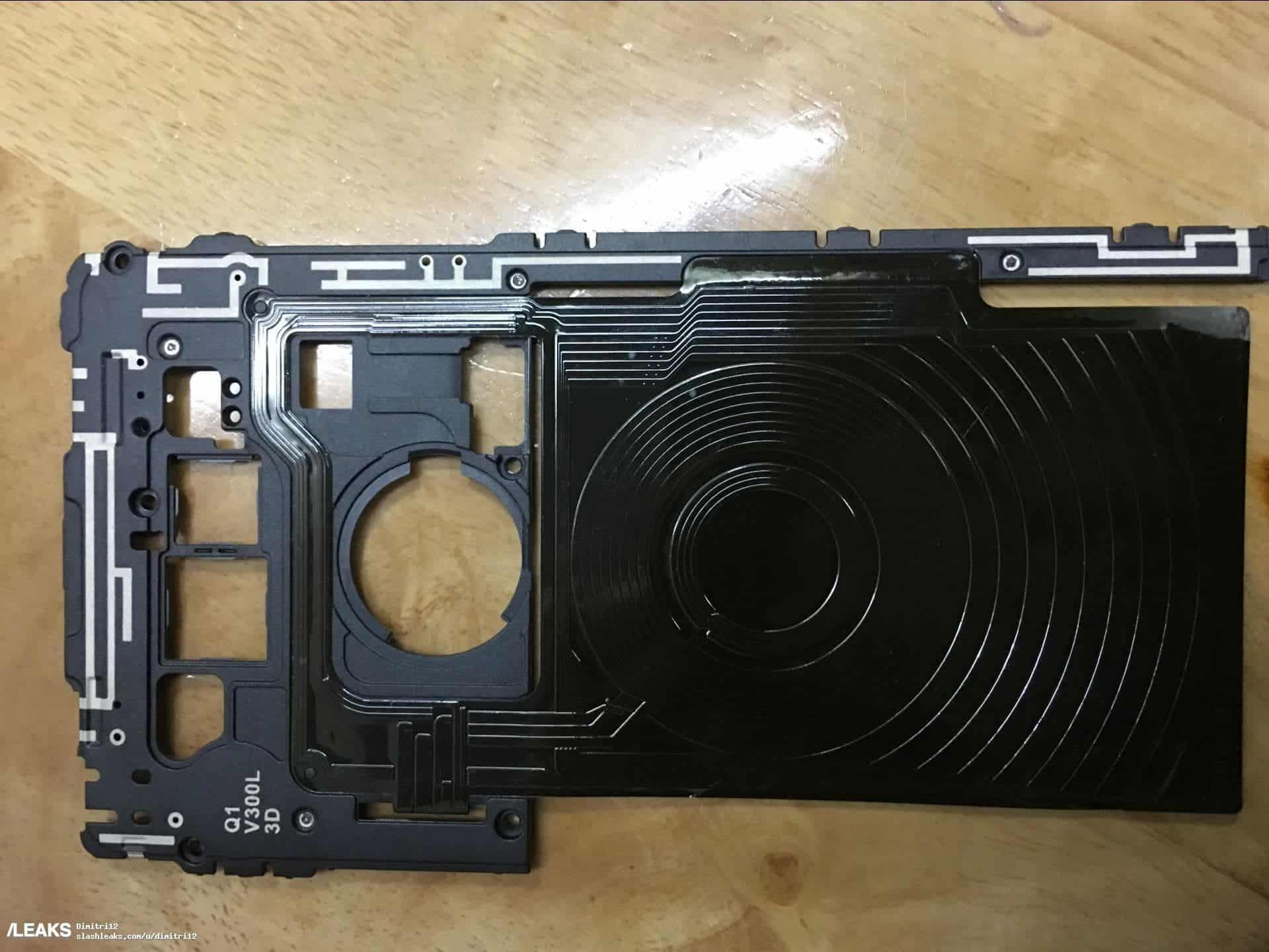 The LG V30 wirless charging coil top