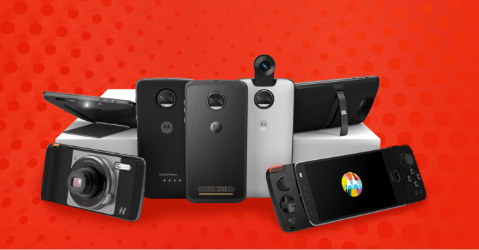 The MOTO Z2 alongside the various MOTO MOD accessories