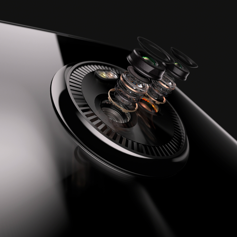 MOTO X4 exploded camera