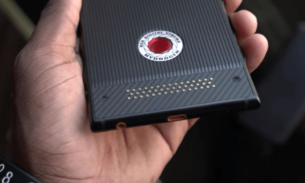 RED Hydrogen One specs revealed; Lands on iPhone X's price territory!