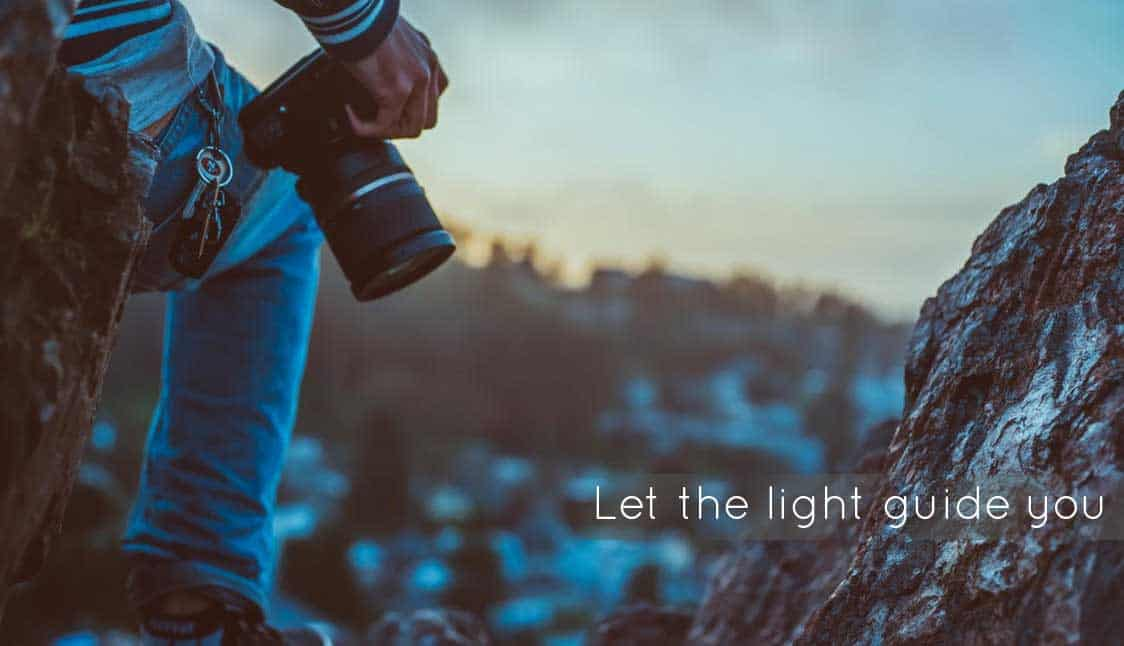 Let the light guide you while taking photos using a Smartphone