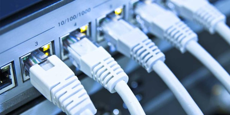 Ethernet Switch vs. Hub vs. Splitter: What's the Difference?